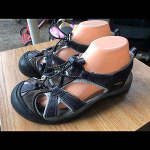 Keen Women's Brown Black Sport Sandals Size 8.5